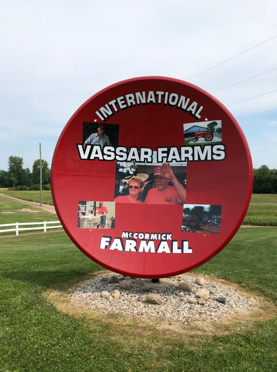 Digital Print Graphics_International Vassar Farms-McCormick Farmall_Satellite Dish